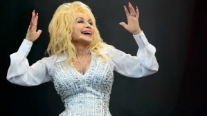 Dolly Parton FEATURE SUnday Edition Oct 19 2014