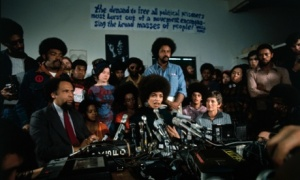 Angela Davis 1st news conference after released on bail 1972